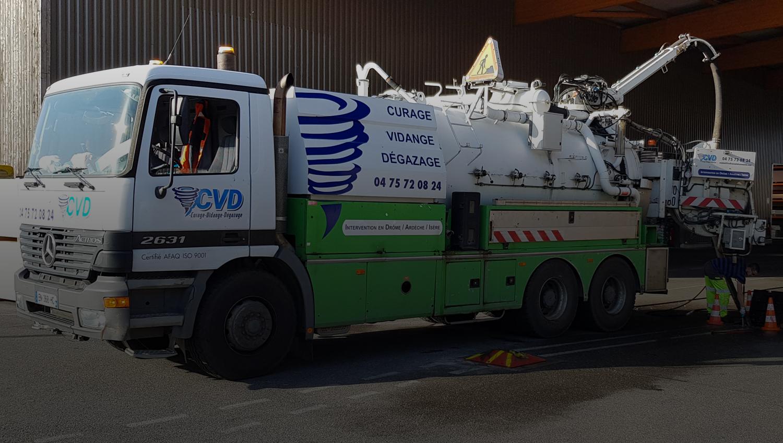 camion-CVD-assainissement-2